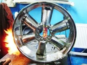 Ремонт современных автомобильных дисков.